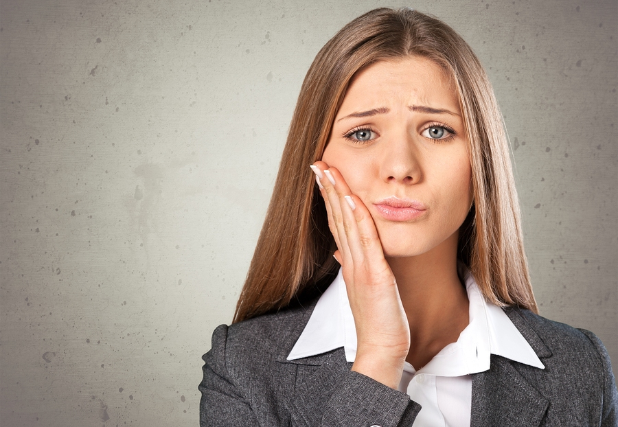 Gum dental wisdom drilling dentist gingivitis abscess